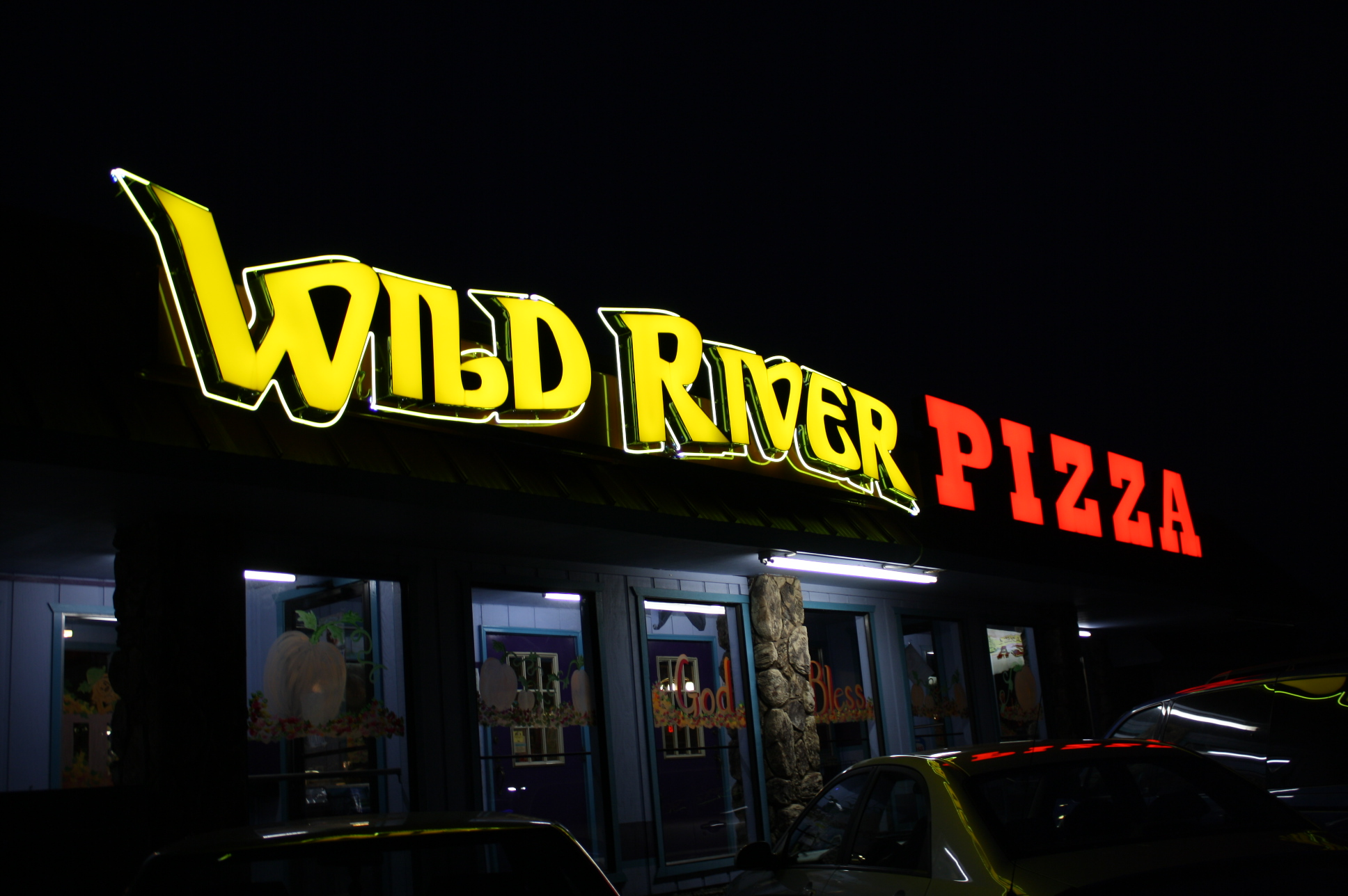 Wild RIver Pizza in Brookings, OR