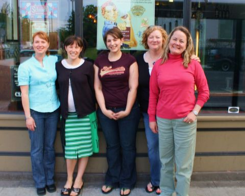 "Prominent women in the Oregon beer community (left to right): Bend Brewing's Tonya Cornett, Saraveza proprietor Sarah Pederson, documentarianist Alison Grayson, Lisa ""The Beer Goddess"" Morrison, and Pink Boots Society's Teri Fahrendorf"