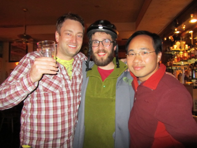 Angelo (center) with Roscoe's co-founders Jeremy Lewis (left) and Quyen Li (right) at the Horse Brass Pub