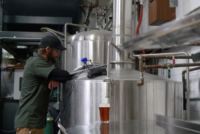 Odell's brewer Joe Mohrfeld keeping a watchful eye on the boil
