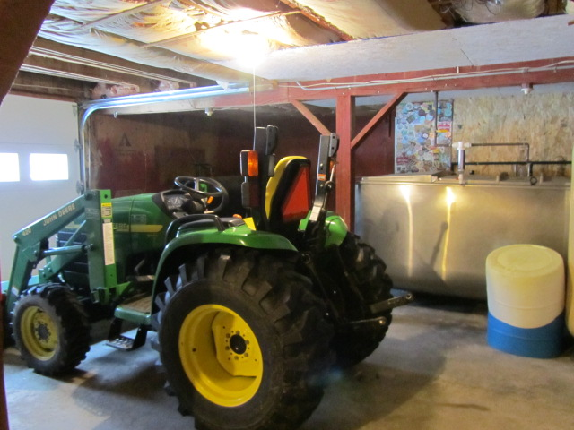 Farmhouse tractor at Oak Pond Brewery