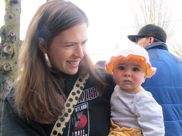 Natalie and Neva Jane De Ieso wish us well during our 2nd Annual Division St BrewPubliCrawl
