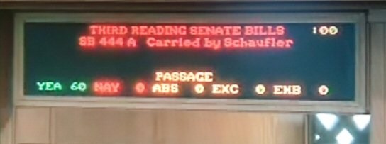 SB444 Passed in House (photo by Oregon Homebrewers Alliance)