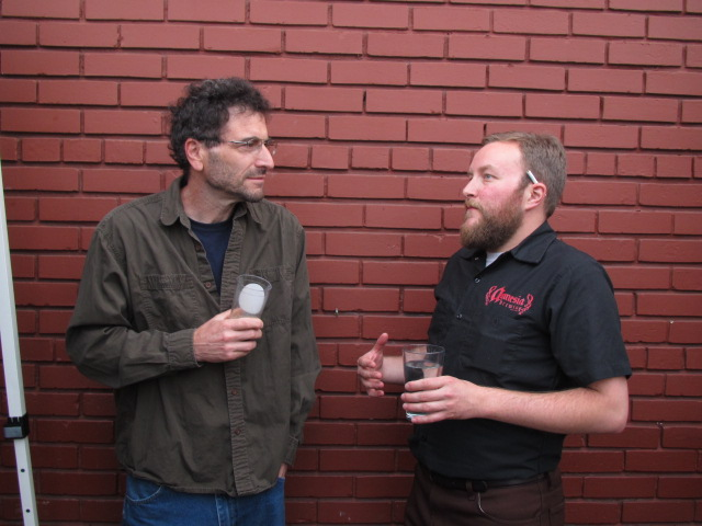 Amnesia brewer Chris Spollen (left) and Saraveza's Tyler Vickers