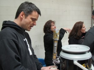 """Kevin Smyth serves up 21st Amendment IPA at """"Yet To Be Named"""" Brewery in Bend, OR for Zwickelmania 2012"""