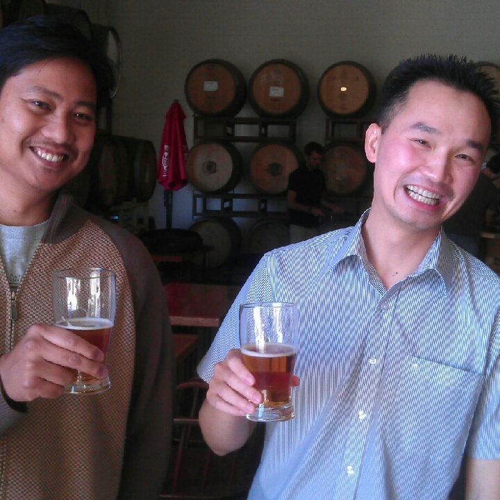 Peter Estaniel of BetterBeerBlog (left) with his friend Phi at Drake's Brewing Barrel House 1 Year Anniversary