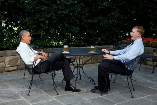 President Obama serves up a White House homebrewed Honey Blonde Ale for Medal of Honor hero Dakota Meyer