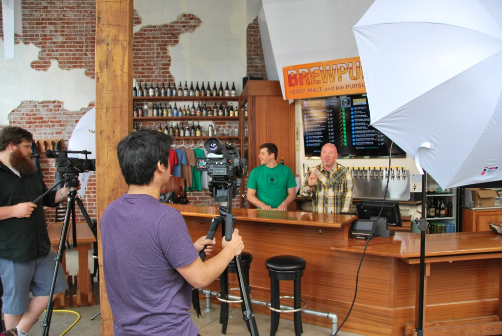 The Beer Traveler Charlie Herrin interviews Bailey's Taproom Publican Geoff Phillips