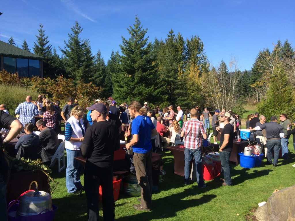 Skamania Lodge Beer Fest Crowd