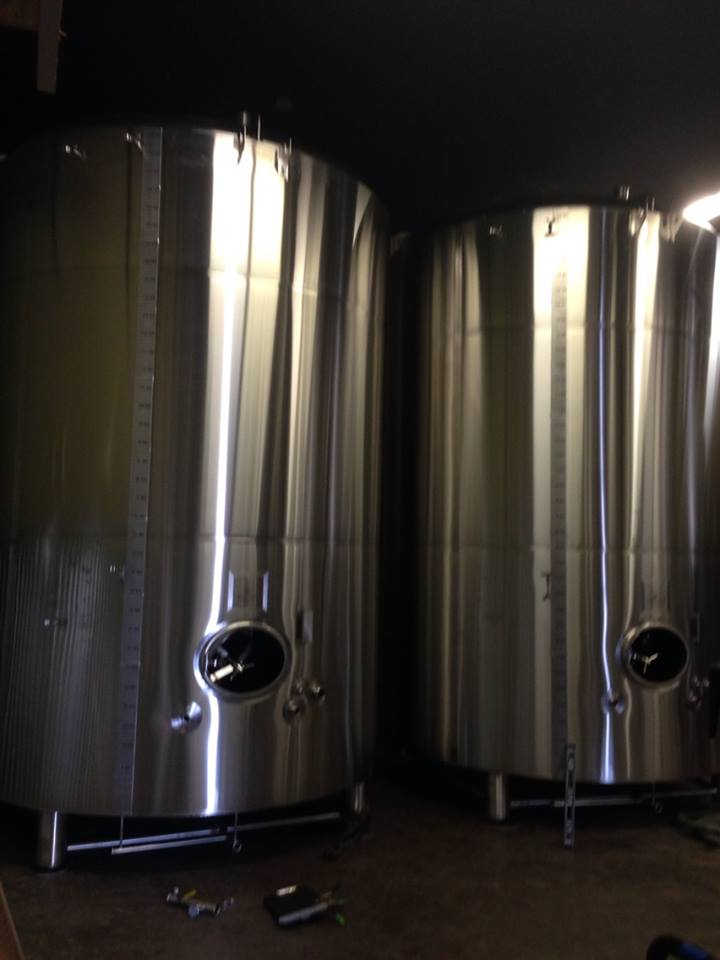 Oakshire Two New 160bl Tanks