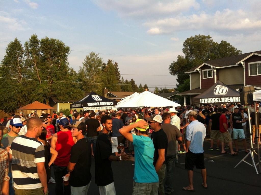 2013 Beer Wars Crowd