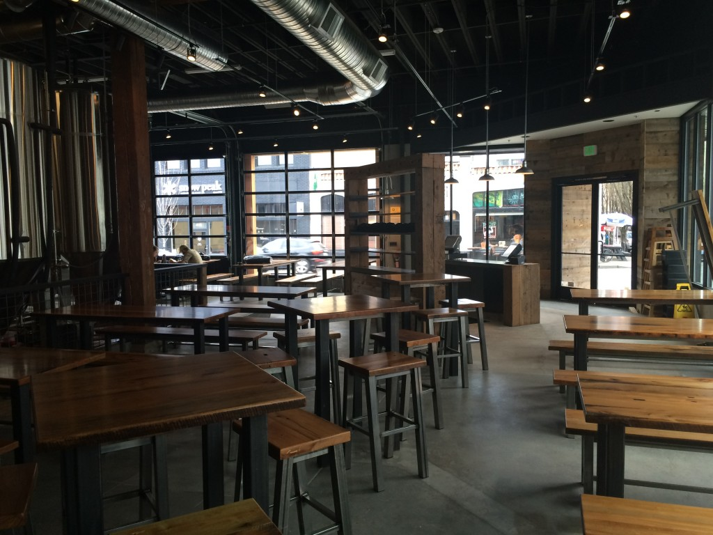 Restaurant area at 10 Barrel Brewing Portland