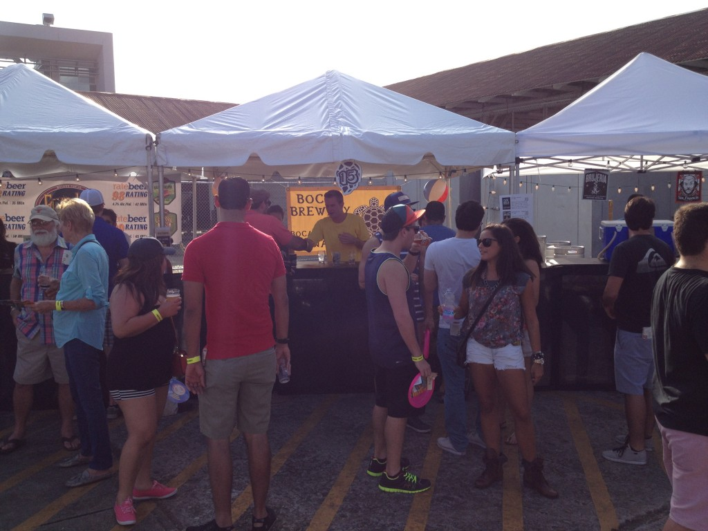 The Crowd at the 3rd Annual Panama Microbrew Fest