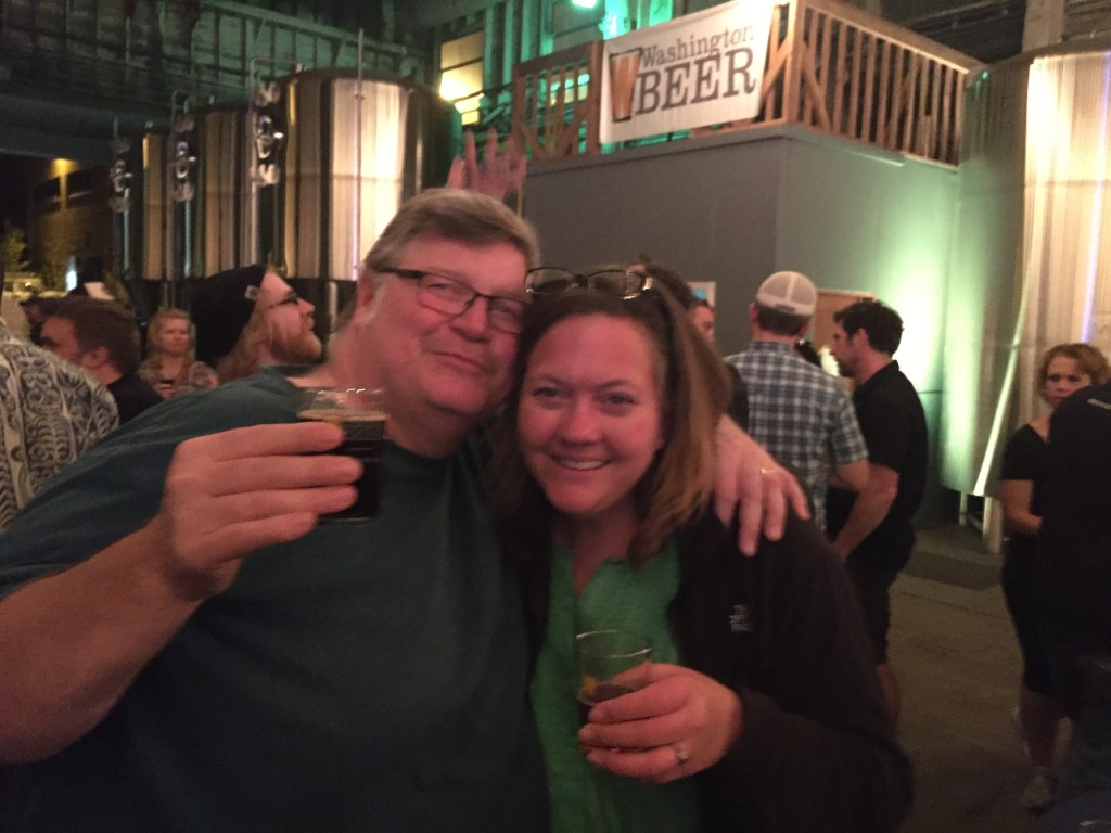 Kendall and Kim Jones of the Washington Beer Blog toast at Metalcraft's 2015 CBC celebration of Washington craft beer