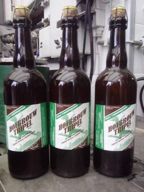 Bottles of Bazi & 't Hofbrouwerijke Hofbrouw Tripel Ale