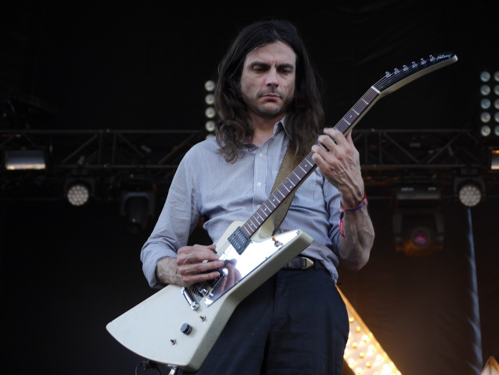 Brian Bell of Weezer at Project Pabst (photo by Cat Stelzer)