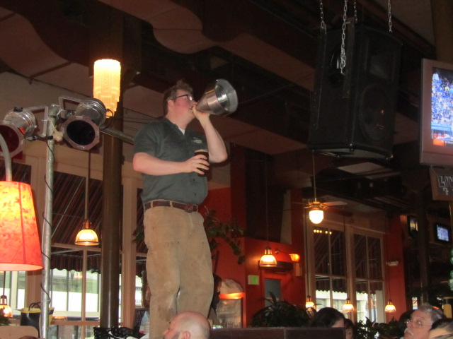 Portland Rock Bottom Brewmaster Charlie Hutchins addresses the crowd to kick off the Dunkelweizen release