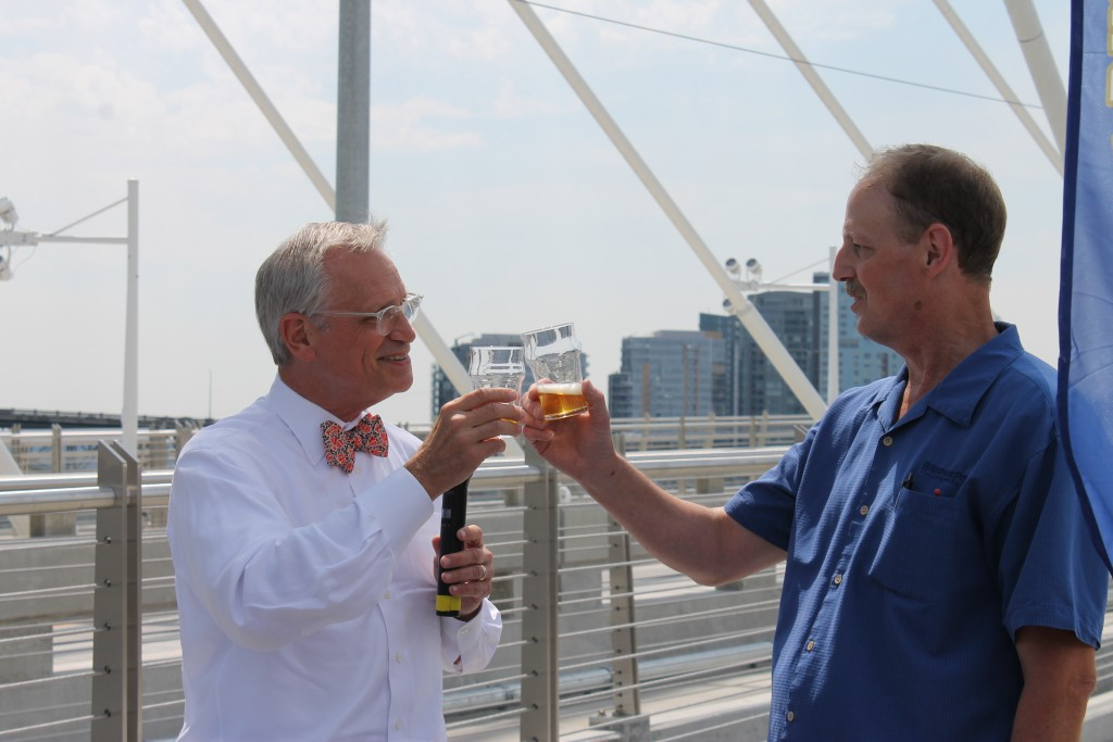 Cheers to Congressman Earl Blumenauer and BridgePort Brewing Brewer Eric Munger