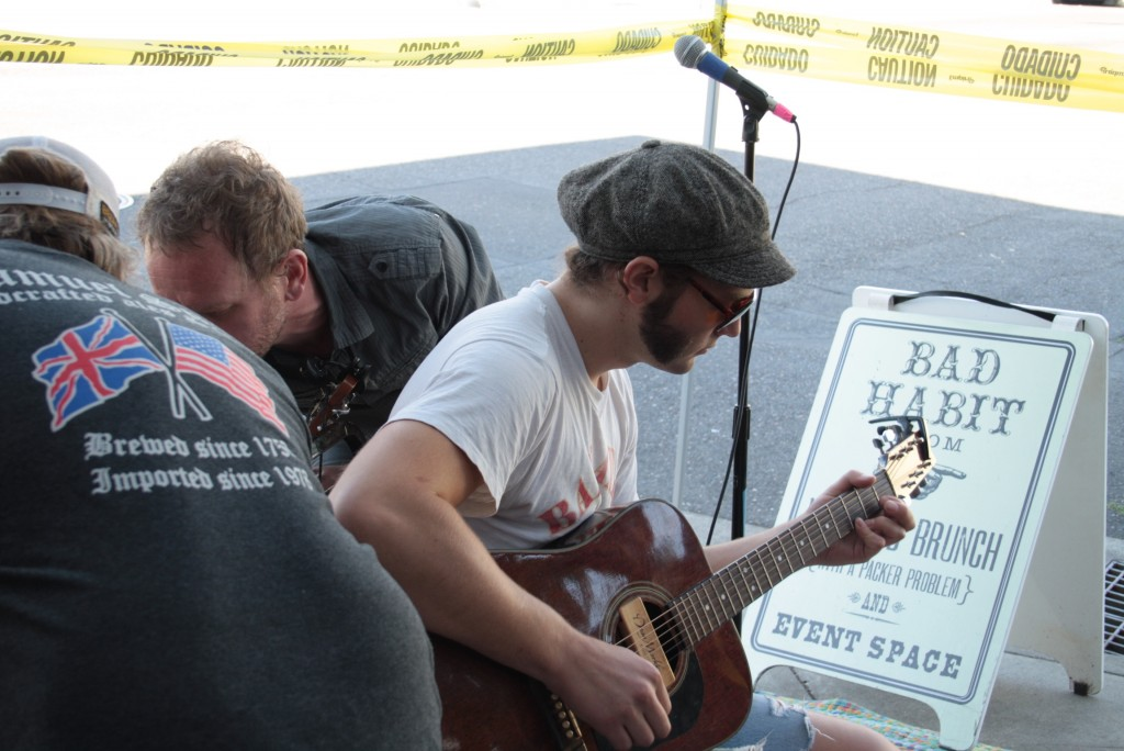 Live Music at Saraveza IIPA Fest (photo by Ryan Spencer)