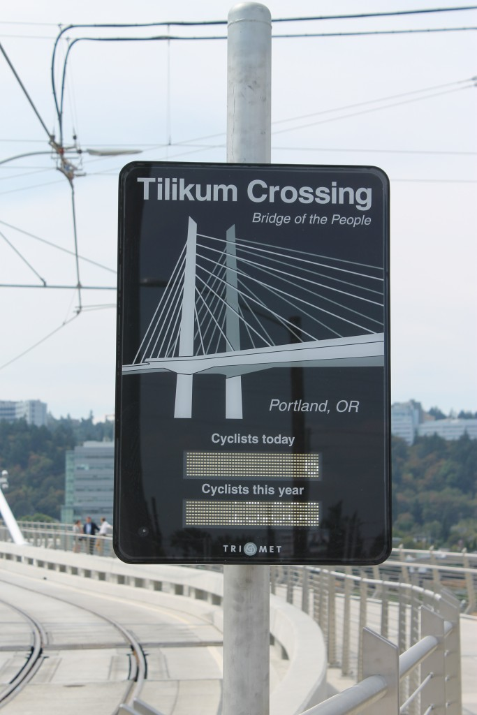 Tilikum Crossing Sign
