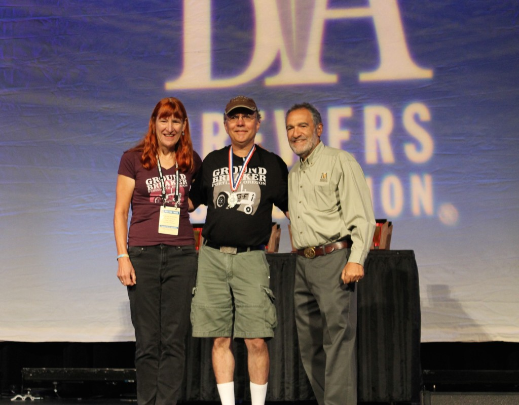 Amy and Carl Singmaster receive Groundbreaker's 2015 GABF Silver Medal