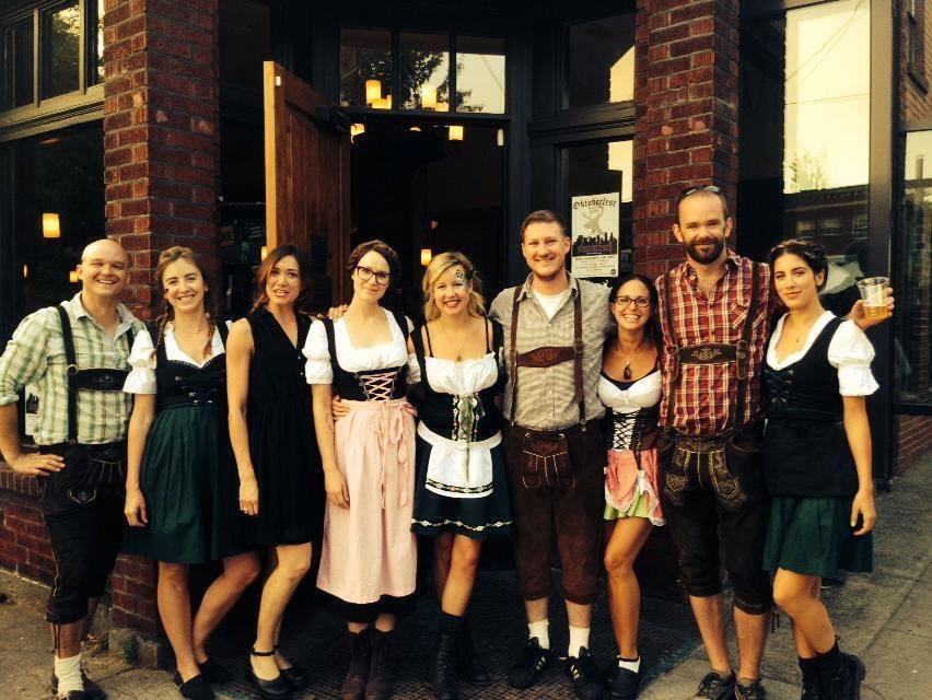 Stammtisch Oktoberfest 2015 (photo courtesy of Stmmtisch)
