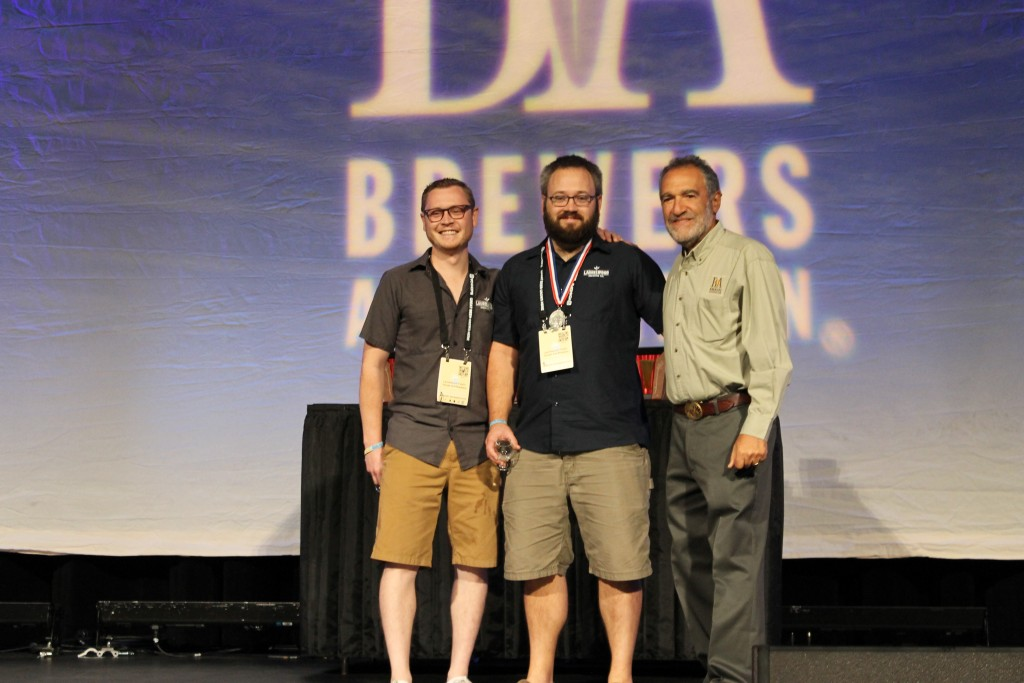 Steve and Shane from Laurelwood Receives its Silver Medal at 2015 GABF for Eazy Duz It, a collab beer with N.W.I.P.A.