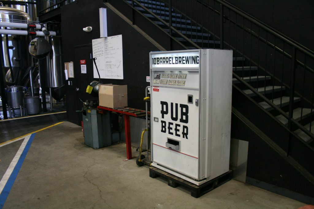 Pub Beer Vending Machine at 10 Barrel Brewing