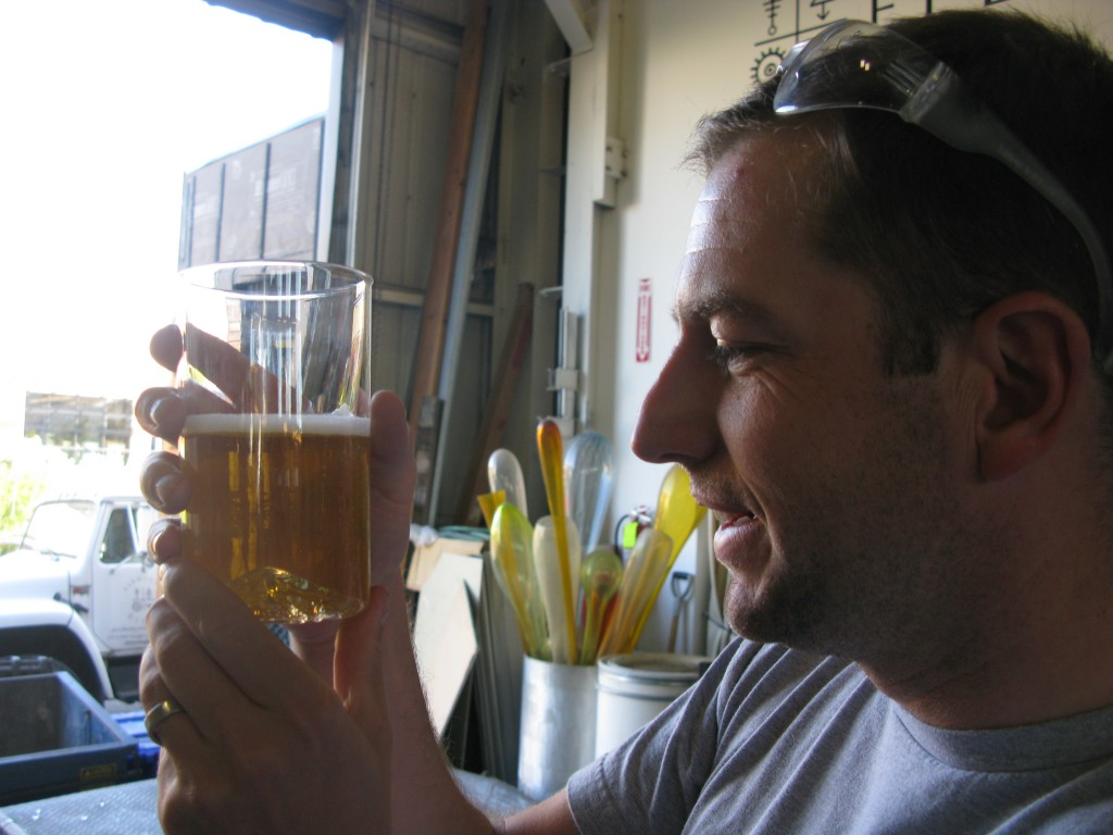 Industrial designer Matt Cappozzi of NorthDrinkware.com with a finished Oregon Pint. FoystonFoto