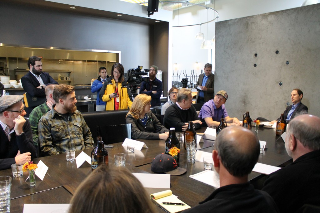 Senator Ron Wyden's Brewers Roundtable at Ecliptic Brewing