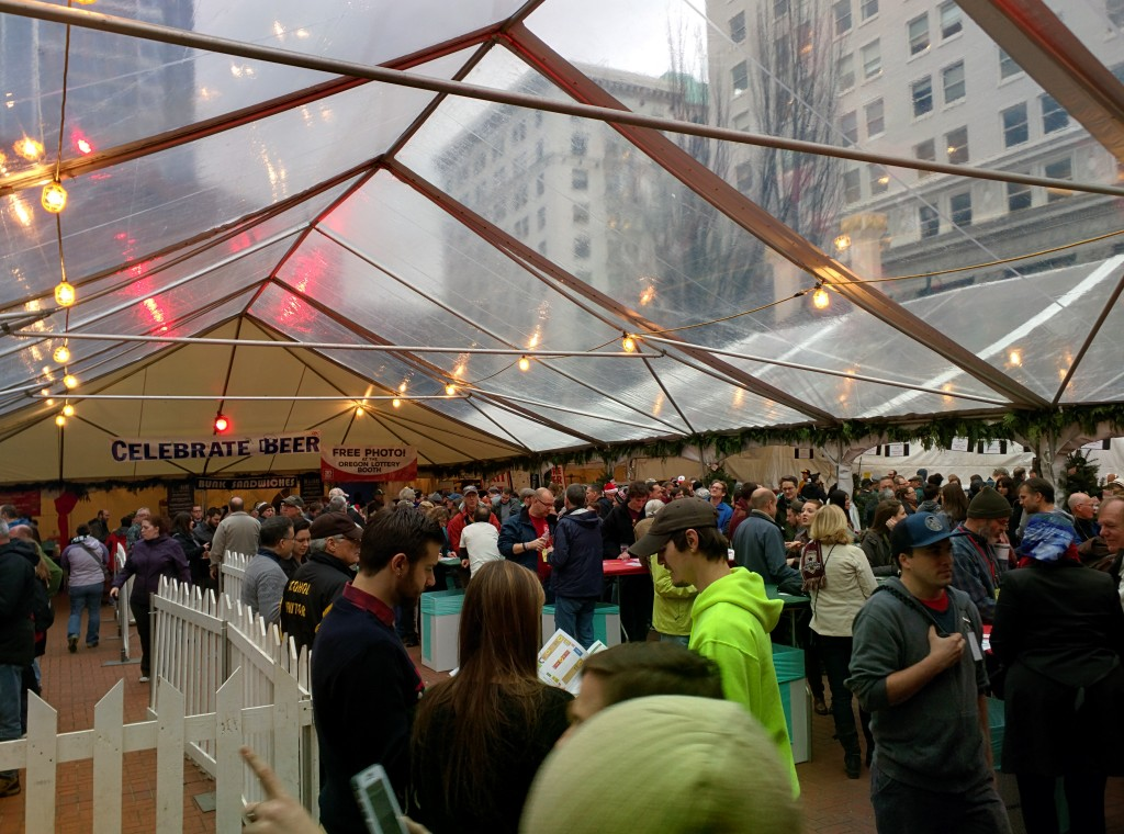 Manageable crowd gathering on Day 1 of the 2015 Holiday Ale Festival.