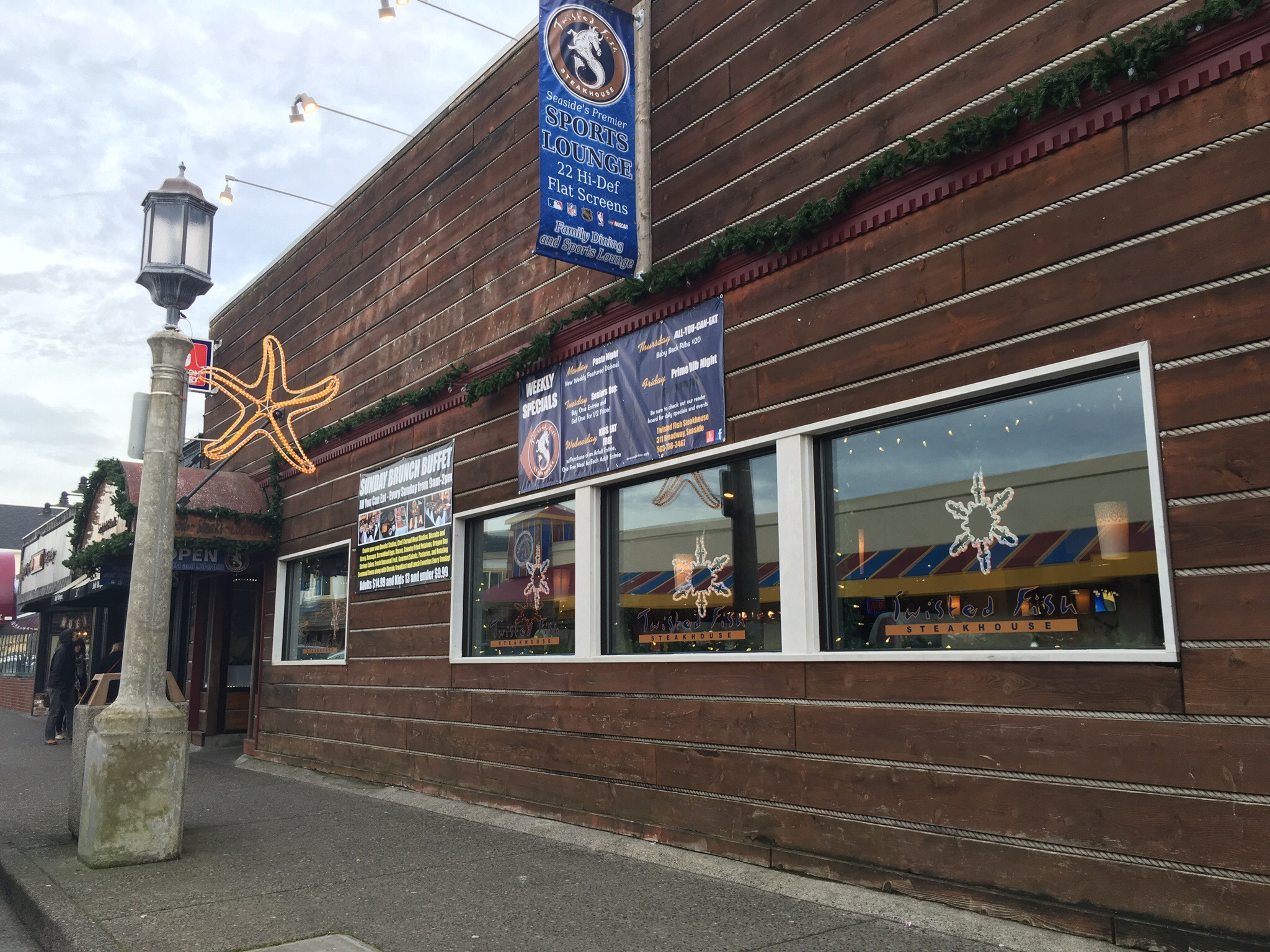 Twisted Fish Steakhouse in Seaside, OR (photo by Cat Stelzer)