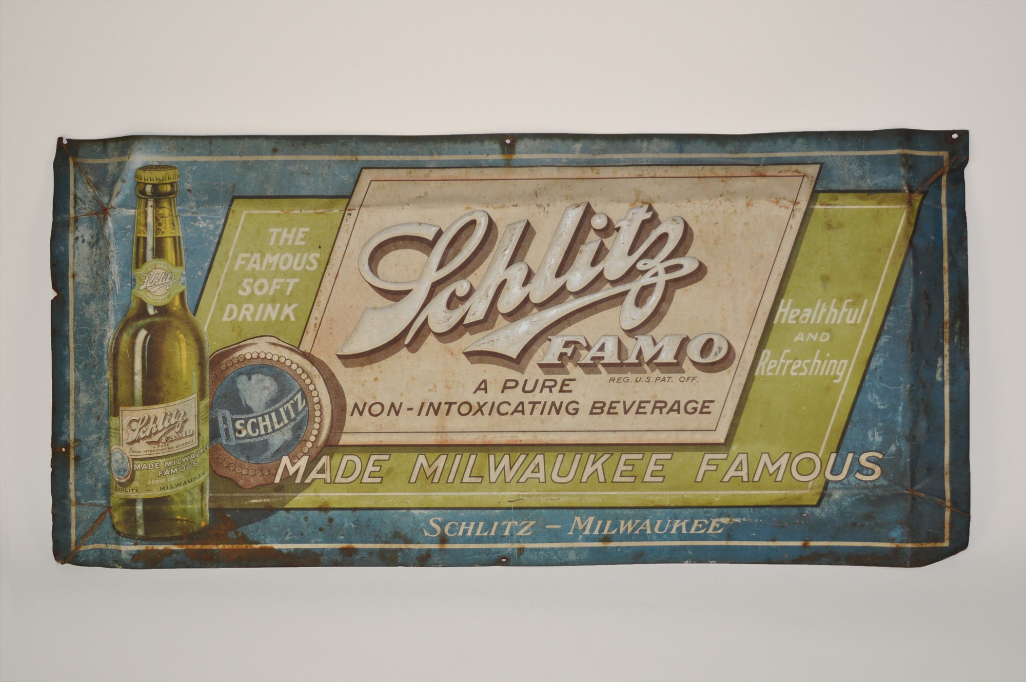 Schlitz FAMO Sign, 1920s (image courtesy of the Smithsonian)