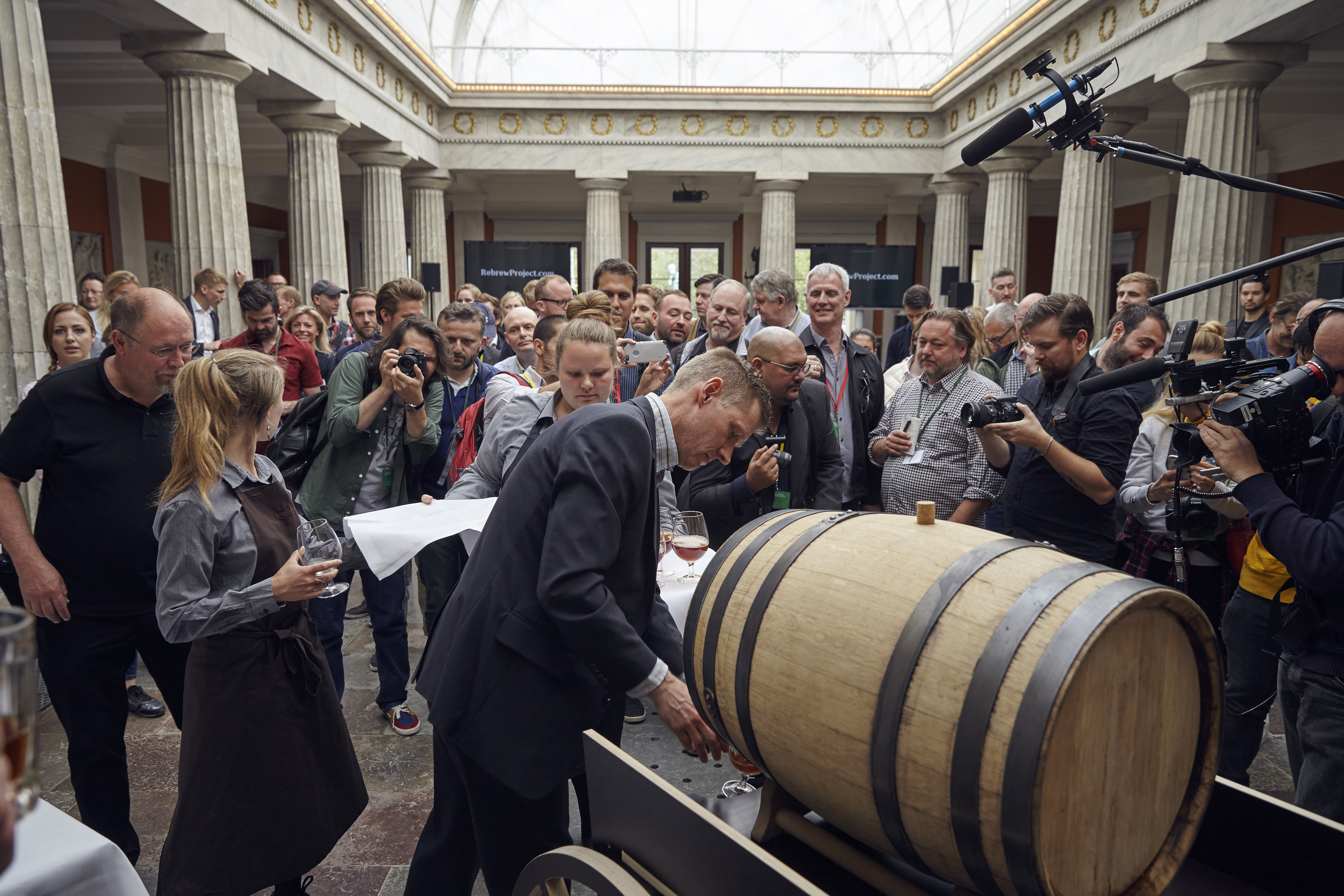 Tapping of the keg of the Carlsberg Rebrew Project in front of dignitaries and media. (image courtesy of Carlsberg)