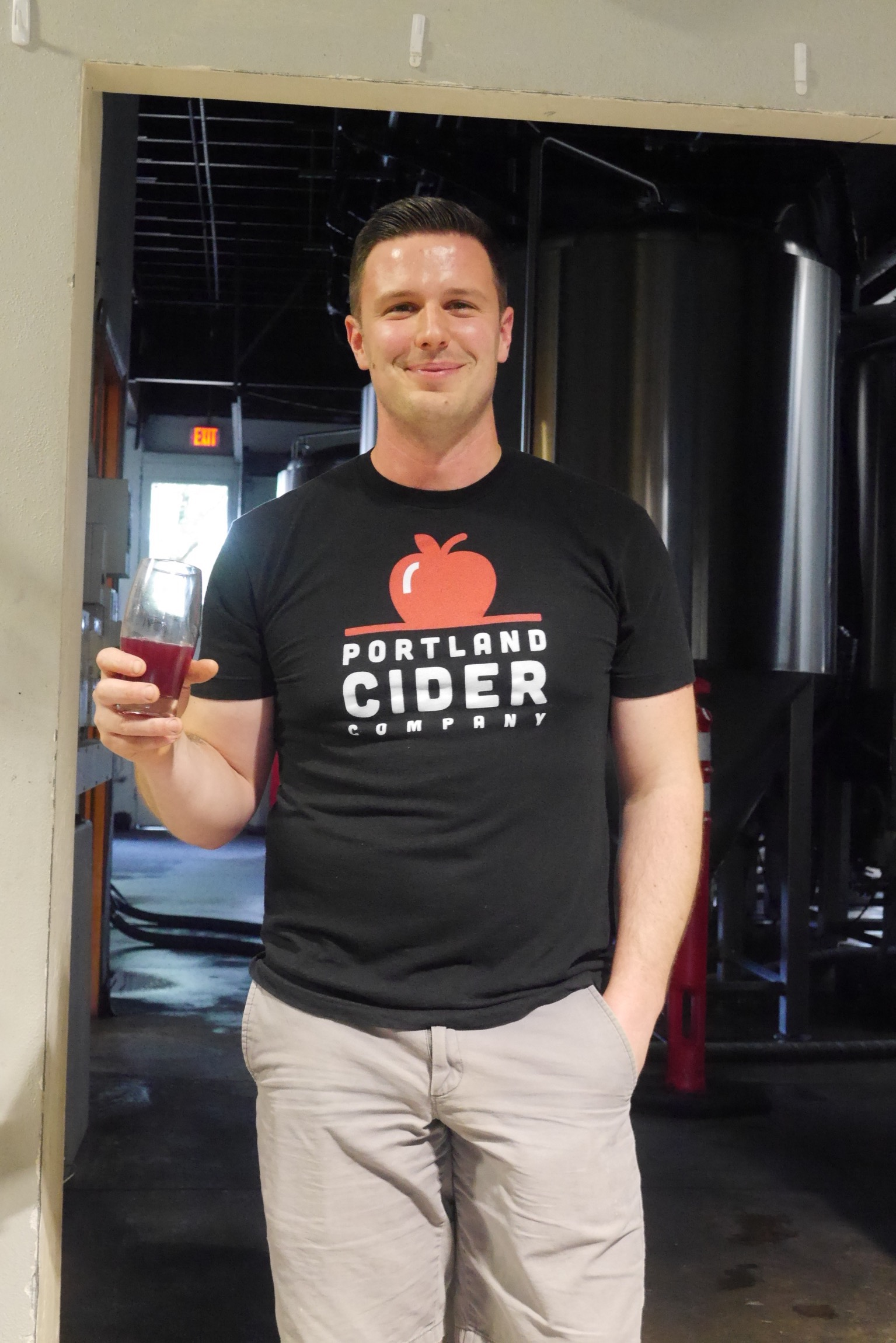 Deron of Portland Cider Co. talking about its Boysenberry Hop cider at the 2016 Portland Fruit Beer Festival media preview. (photo by Cat Stelzer)