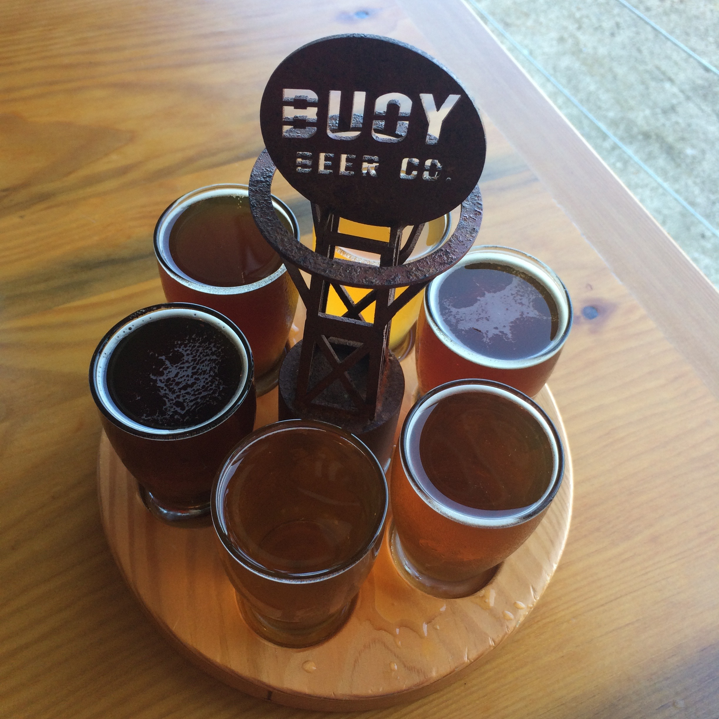 The cute yet tasty Buoy Beer Co. taster tray.