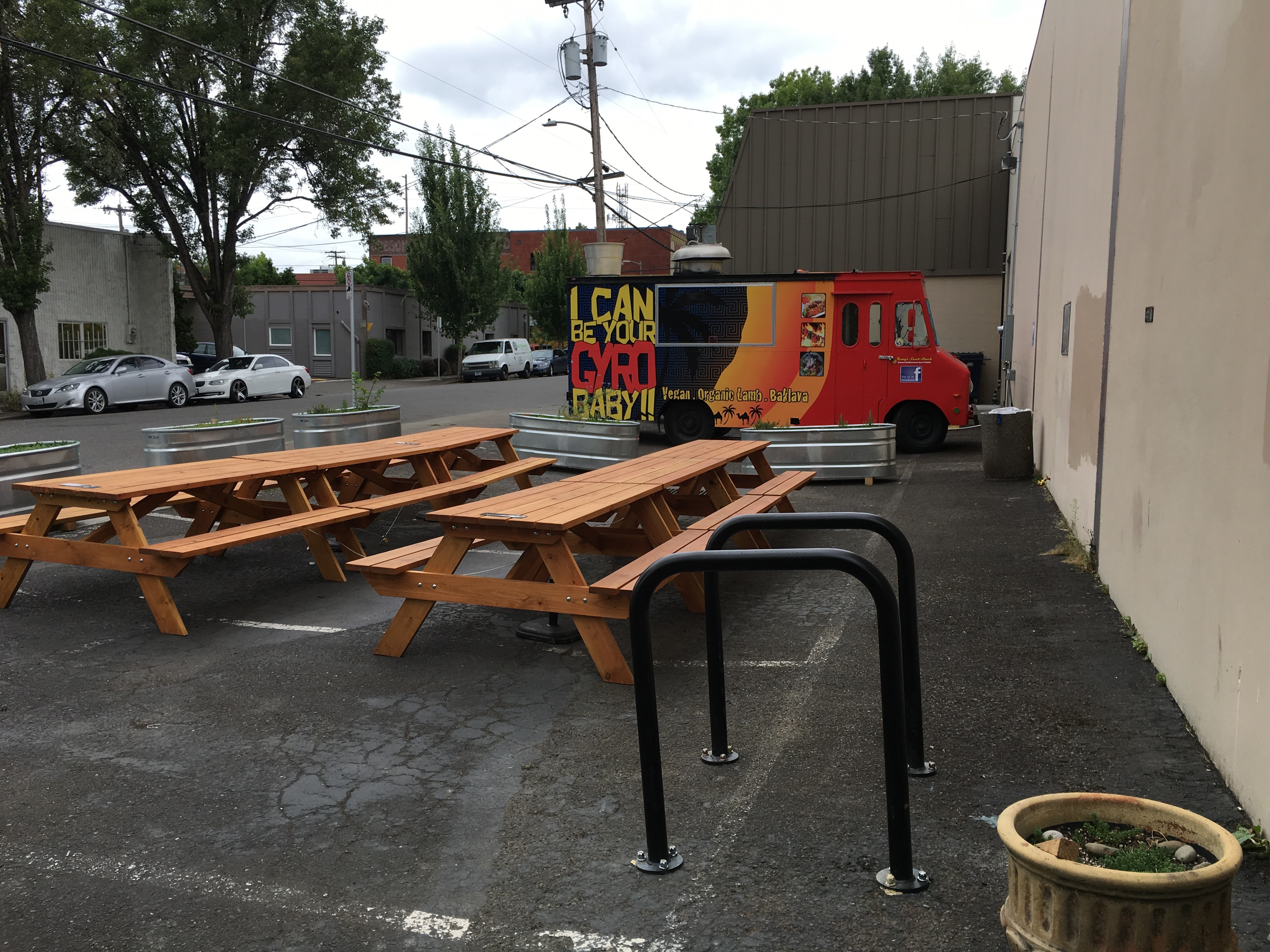 A look at the cider garden at Cider Riot!.
