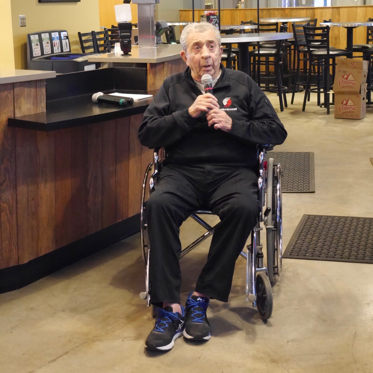 Harry Glickman, one of the co-founders of the Portland Trail Blazers in 1977 speaks about his team winning the 1977 NBA Championship. (photo by Cat Stelzer)