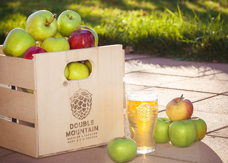 A pint of Double Mountain Dry Cider. (image courtesy of Double Mountain Brewery)