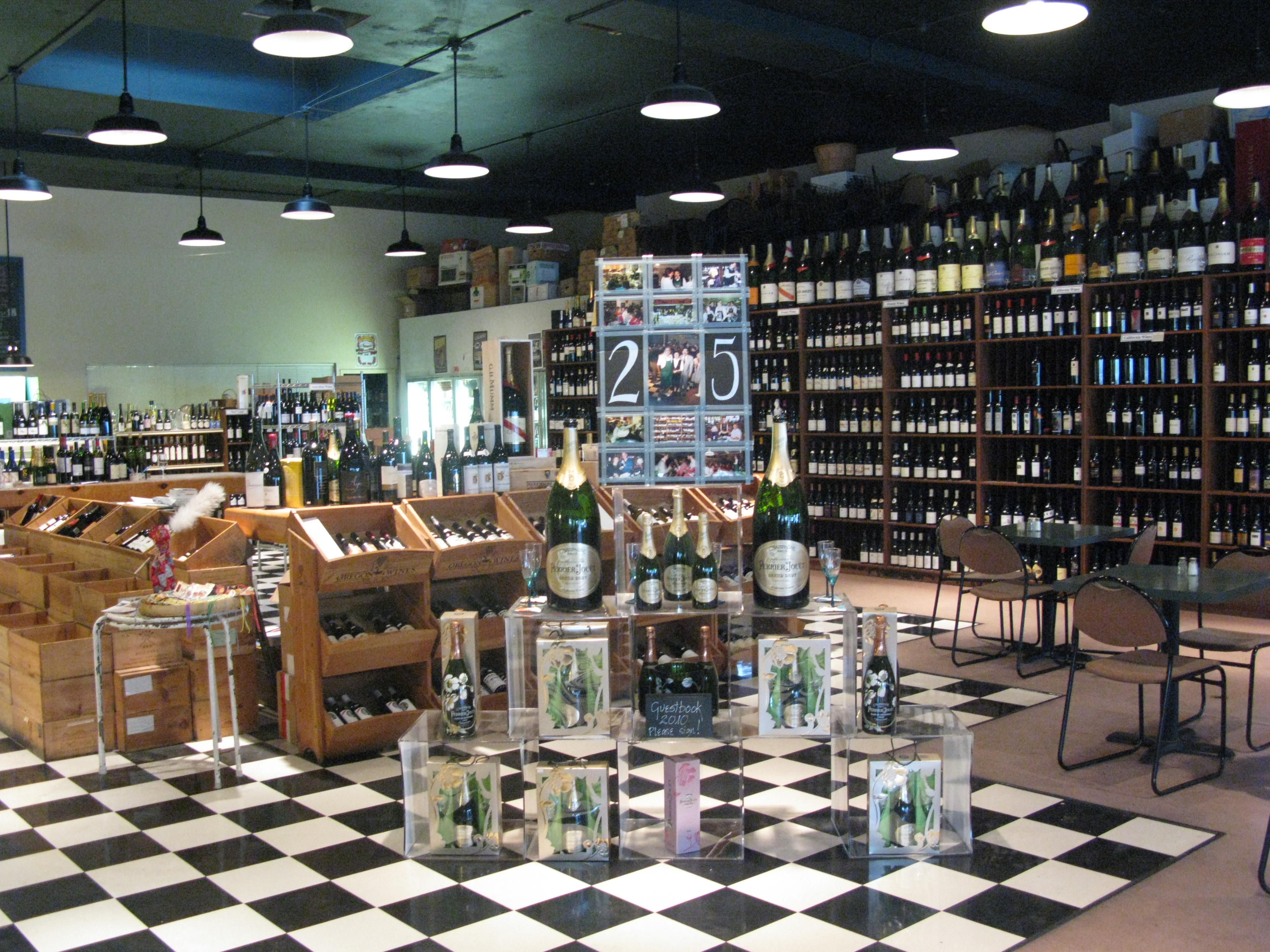 Beer and wine at Woodstock Wine and Deli. (FoystonFoto)