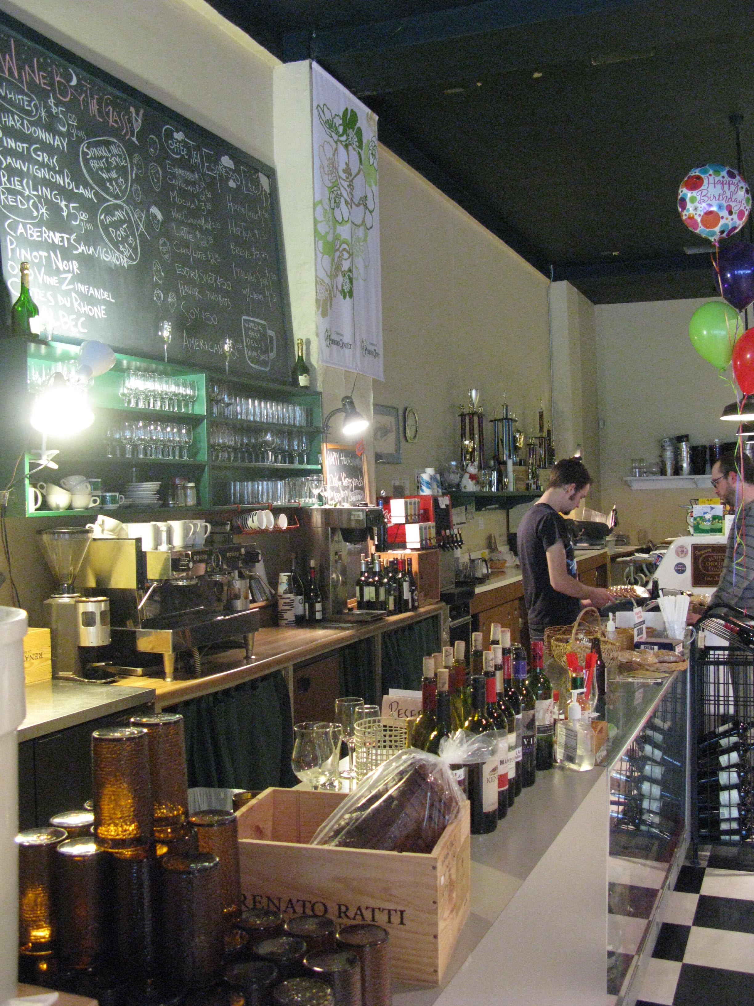 The bar at Woodstock Wine and Deli. (FoystonFoto)