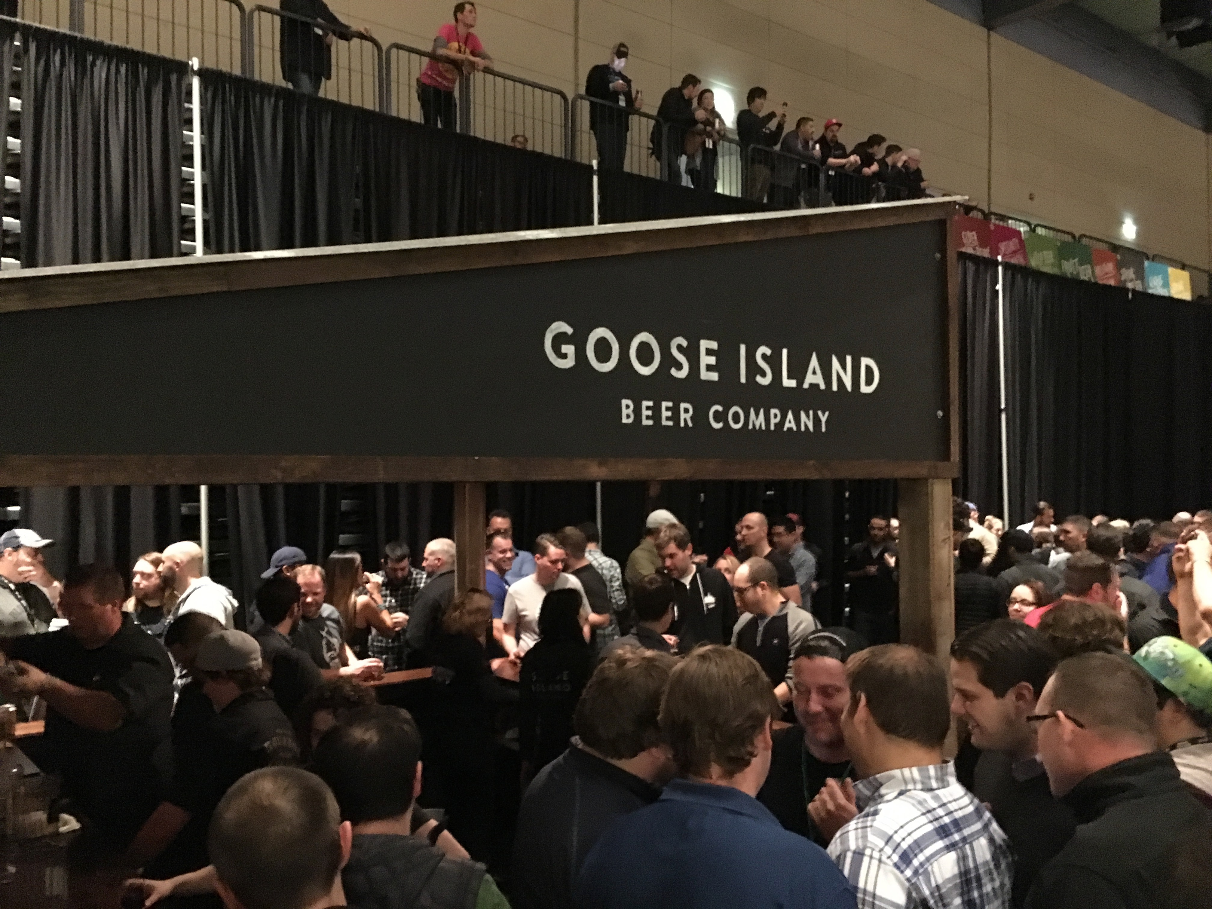 The crowd gathers around the Goose Island booth at the 2016 Festival of Wood and Barrel-Aged Beers.