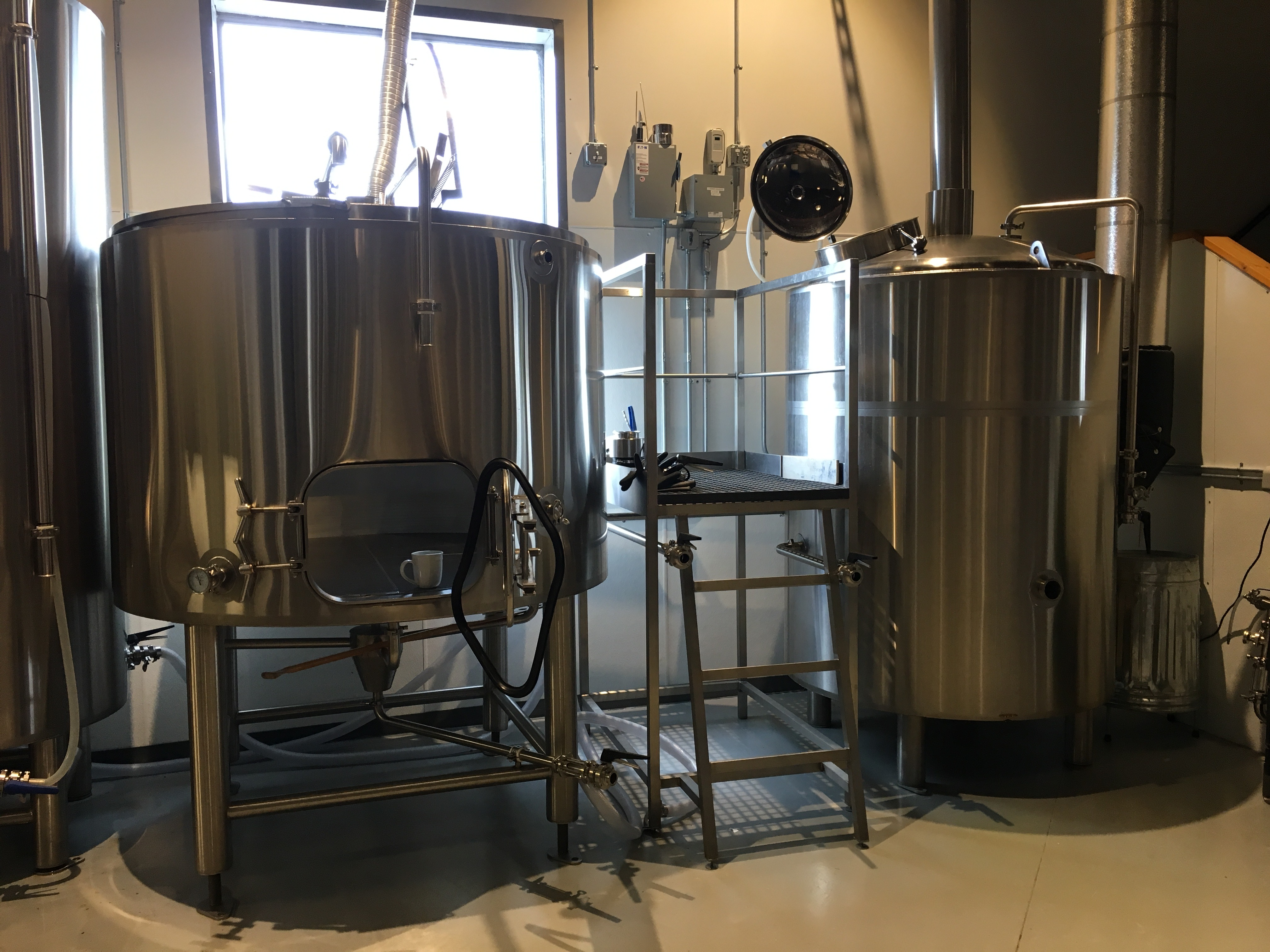 Brothers Cascadia Brewing Celebrate Its Grand Opening This