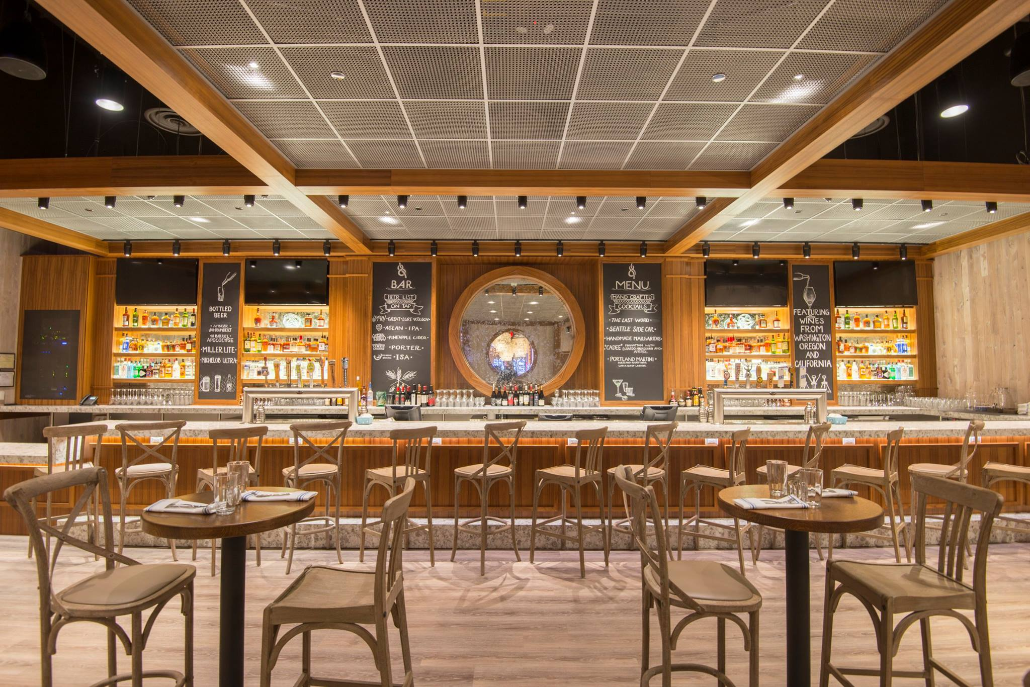 10 Barrel Brewing Beer Dinner at Line & Lure Seafood Kitchen and Tap