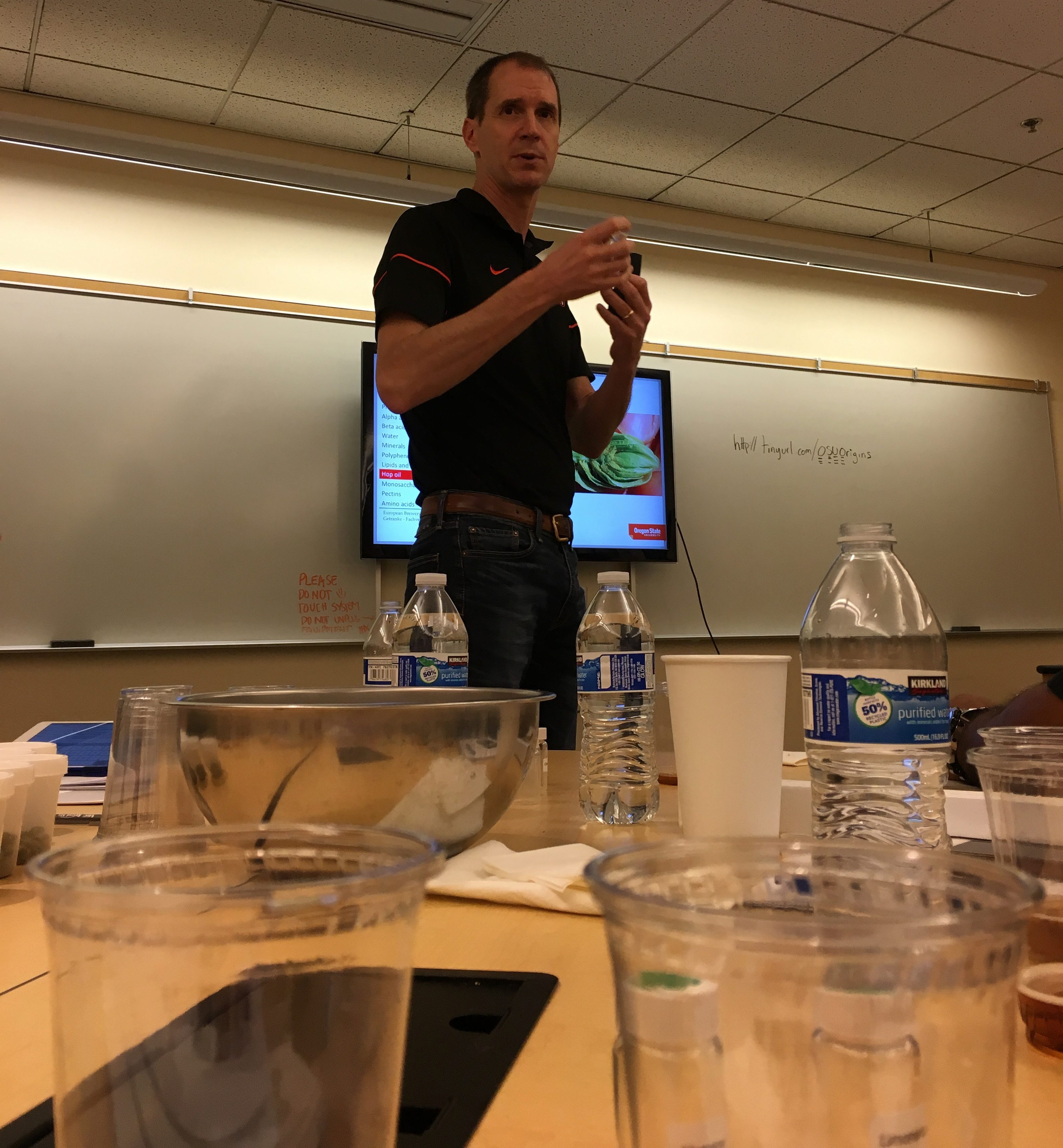 Tom Shellhammer leads the Oregon State University PACE course Origins of Beer Flavors and Styles.