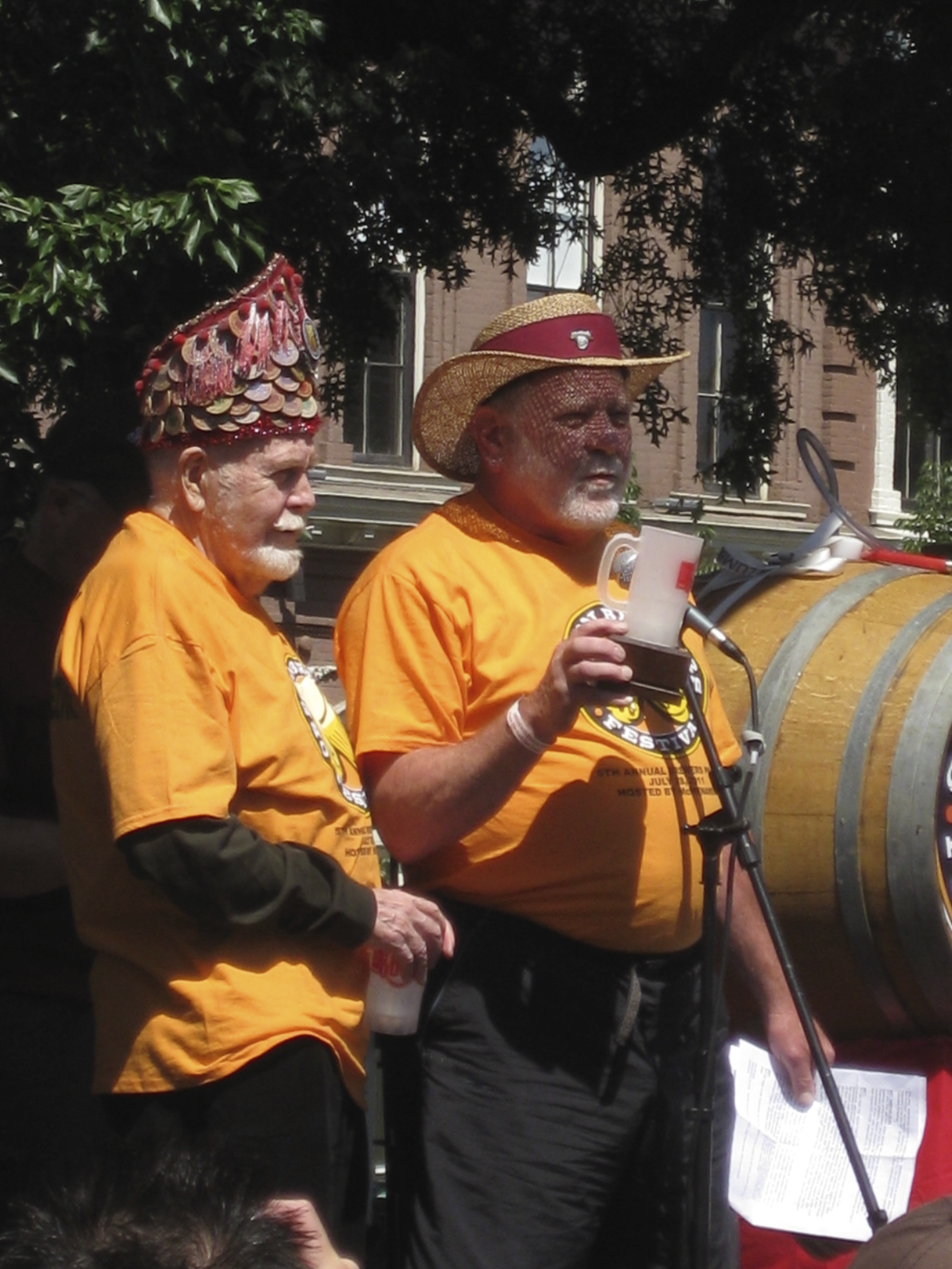 Fred Eckhardt and Art Larrance at 2011 Oregon Brewers Festival.