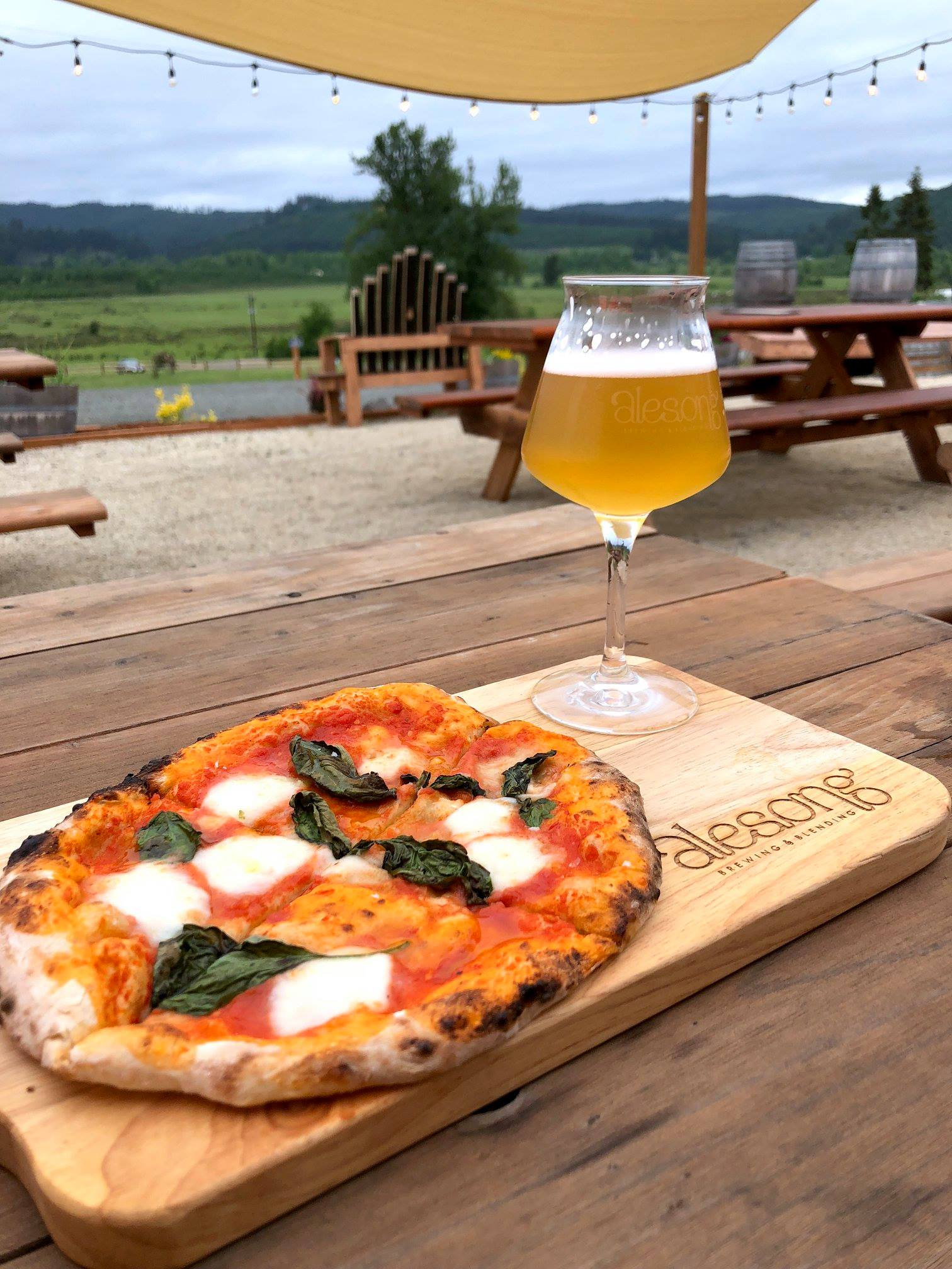 image of Marché pizza courtesy of Alesong Brewing & Blending