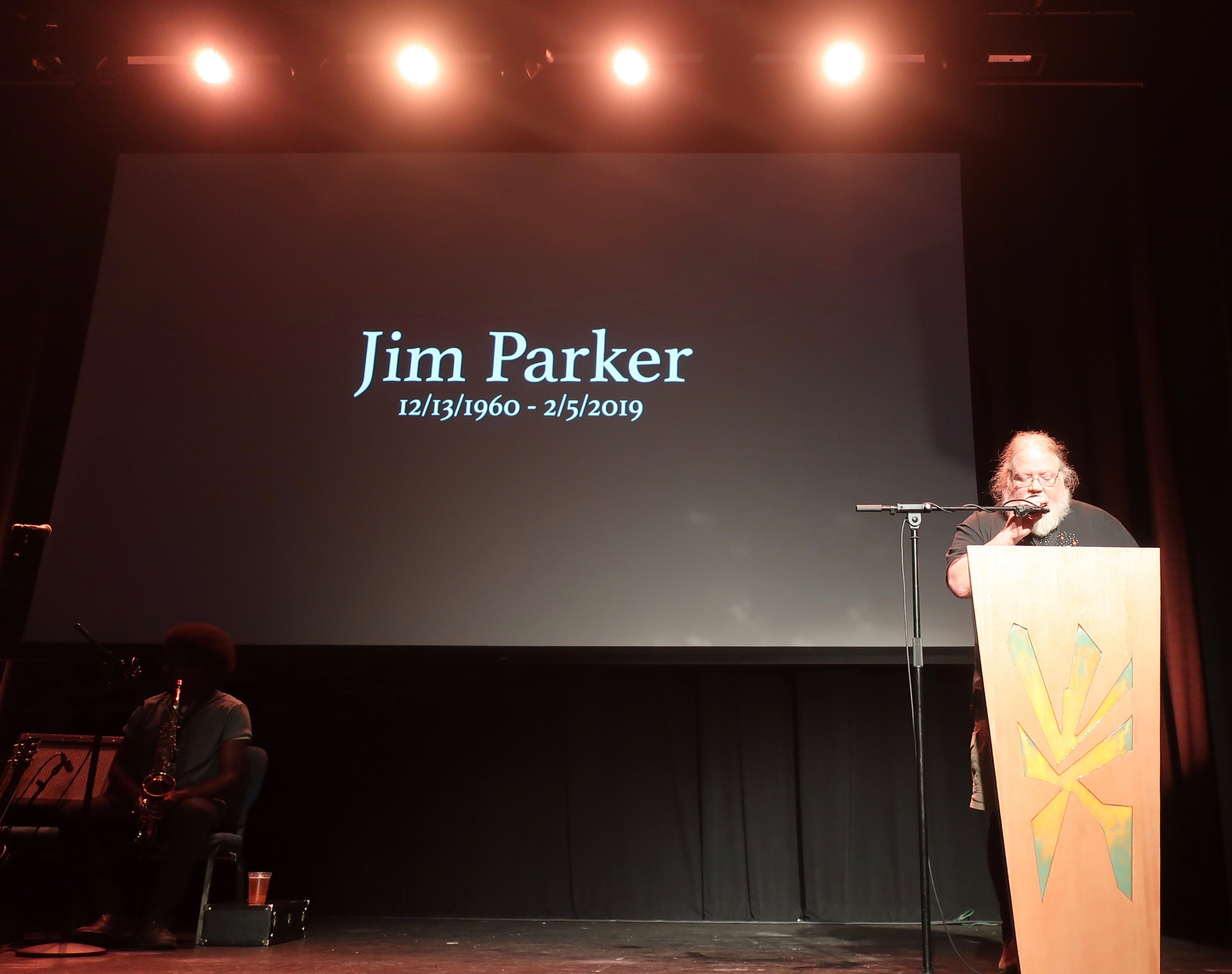 John Harris inducts the late Jim Parker into the Oregon Beer Hall of Fame at the 2019 Oregon Beer Awards.