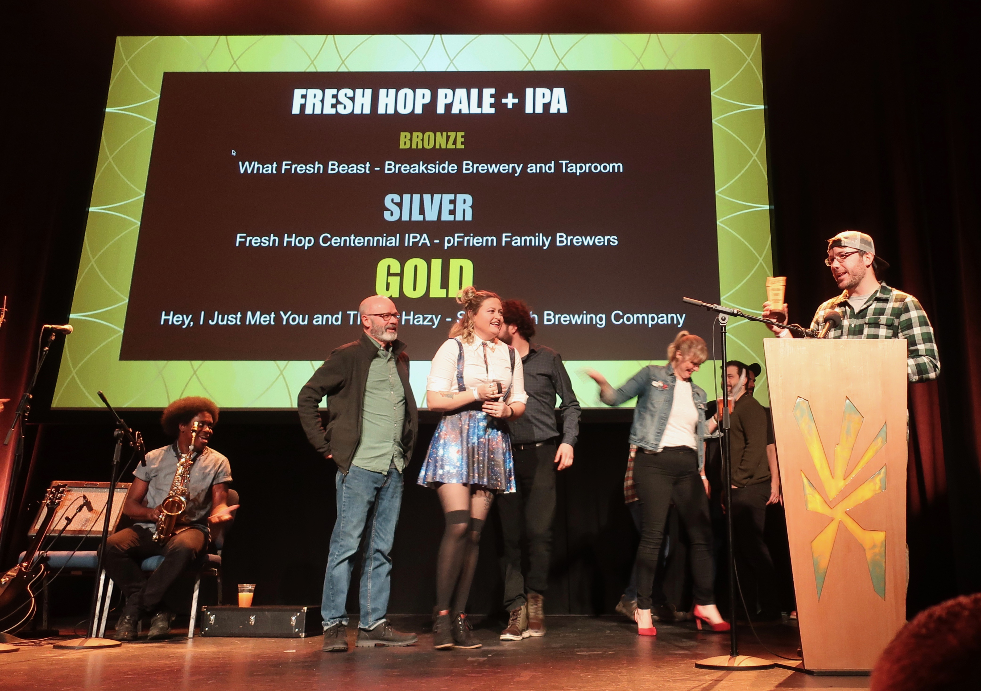 Sasquatch Brewery takes the Gold for Fresh Hop Pale + IPA at the 2019 Oregon Beer Awards.