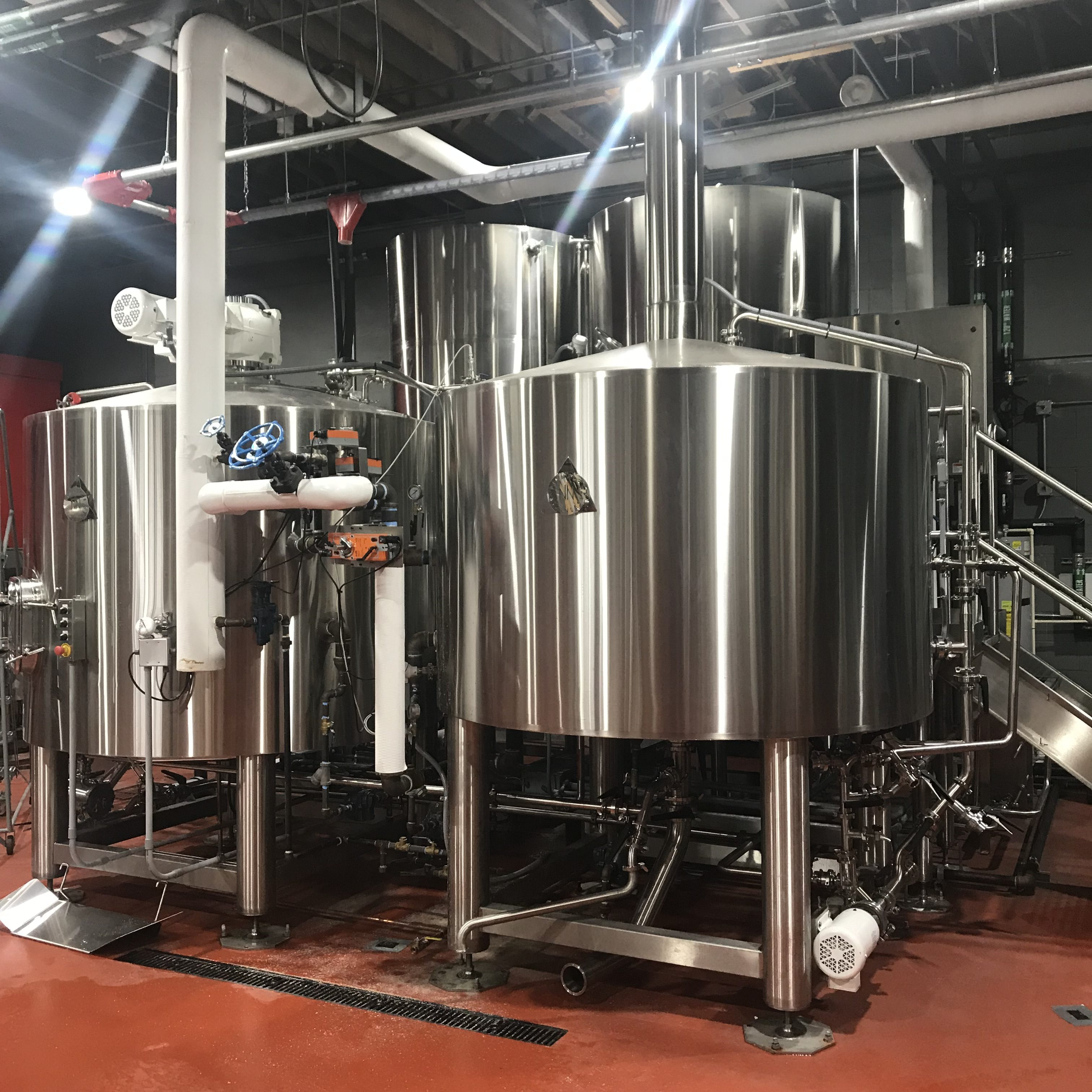 The shiny new 15-barrel brewhouse inside E9 Brewing Co. (image courtesy of E9 Brewing Co.)